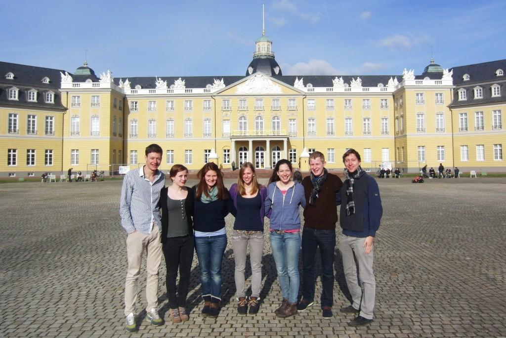 Gruppenfoto_Schloss